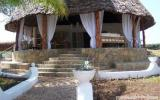 Holiday Home Kenya:  taj Riviera Charming Villa By The Ocean In Kenya