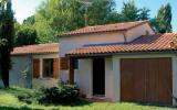 Holiday Home Poitou Charentes Sauna: House Botanis