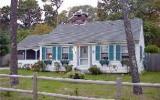 Holiday Home Dennis Port Fernseher: Oak St 55 - Home Rental Listing Details