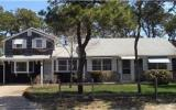 Holiday Home Dennis Port Fernseher: Old Wharf Rd 30 - Home Rental Listing ...
