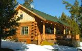 Holiday Home Oregon: Maluhia Log Cabin Vacation Rental