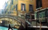 Holiday Home Veneto: Luxurious Guesthouse At Albergo San Marco