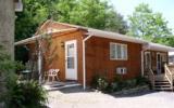 Holiday Home Pennsylvania Fernseher: Triplex Cottage