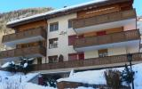 Holiday Home Zermatt: Terraced House