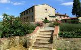 Holiday Home Castelnuovo Berardenga: Terraced House