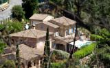 Holiday Home France Cd-Player: Le Koghi