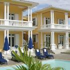 Villa Mauritius: Summary Of Apartment 2 'piscine' 2 Bedrooms, Sleeps 5