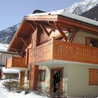Apartment Chamonix: Summary Of Clos 3 3 Bedrooms, Sleeps 8