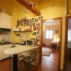 Apartment Toscana Radio: Cosy, Sunny Rooftop Apartment In Florence Historic ...